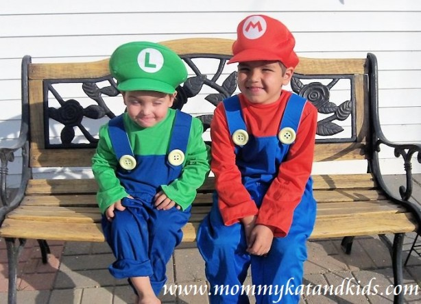 boys dressed as mario and luigi