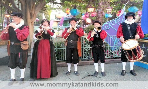 disney magical map party musicians