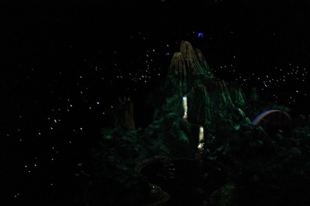 peter pan's flight disneyland neverland