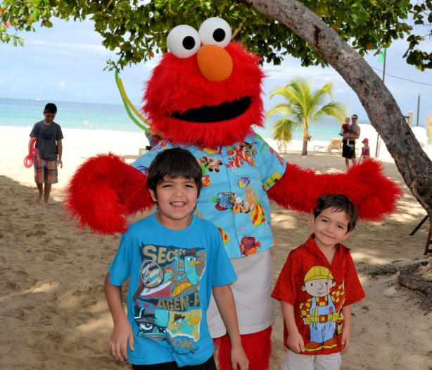 sesame street elmo beaches resort