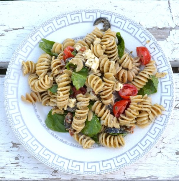 greek pesto pasta salad