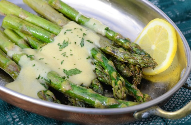 roasted asparagus with dijon cream sauce