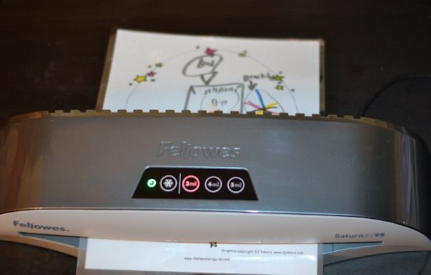 fellowes saturn2 95 laminator in use