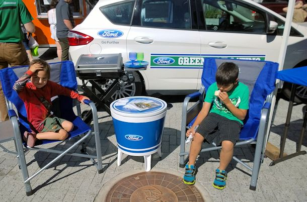 boys tailgating ford c-max