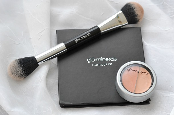 glo minerals contour kit and brush