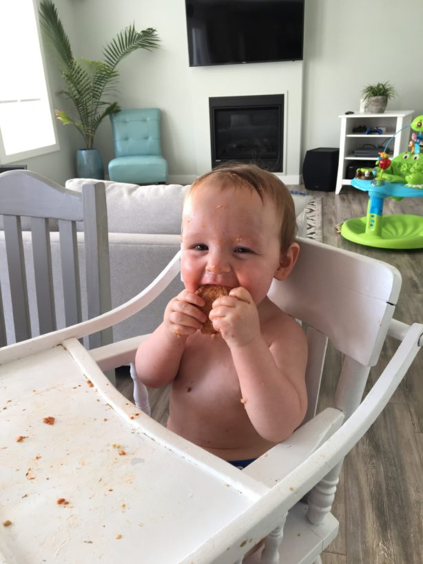 baby-boy-eating-pizza