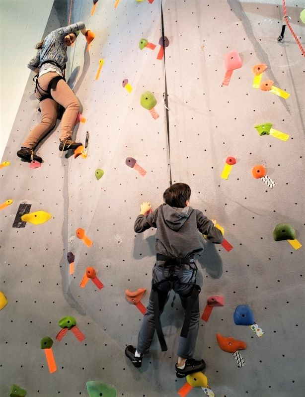 indoor-rock-climbing