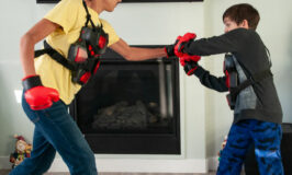 boys-using-boxing-battle-set